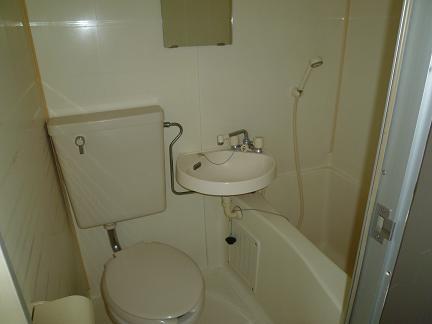136バストイレ
